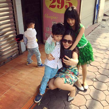 Vo dep, con xinh va cuoc song gia dinh hanh phuc cua MC Phan Anh - Anh 12