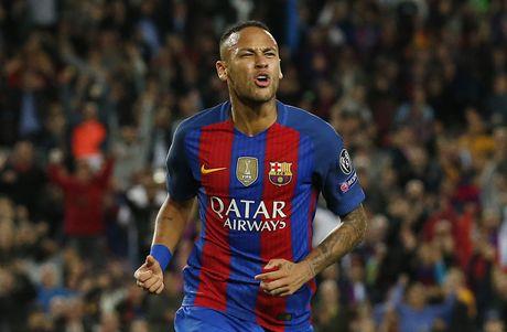 Messi lap hat-trick giup Barca de bep Man City 4-0 - Anh 10