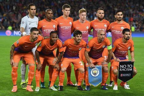Messi lap hat-trick giup Barca de bep Man City 4-0 - Anh 2