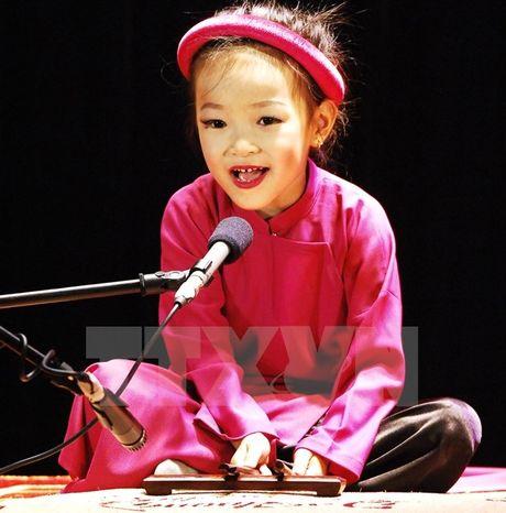 Tìm kiếm và bồi dưỡng những tài năng ca trù trẻ của Hà Nội
