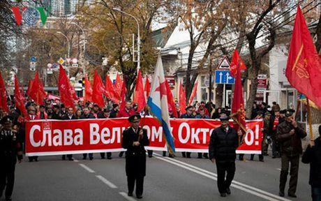 99 năm Cách mạng Tháng Mười Nga: Ánh sáng bất diệt của Cách Mạng