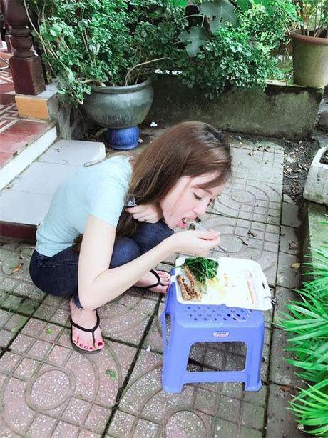 Sau ánh hào quang, đây chính là cuộc sống 'thời bao cấp' của Elly Trần