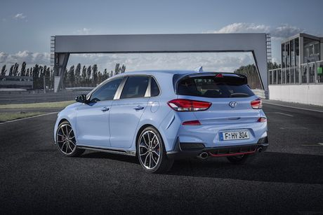 Hyundai 'tuyen chien' phan khuc the thao voi hatchback i30N - Anh 3